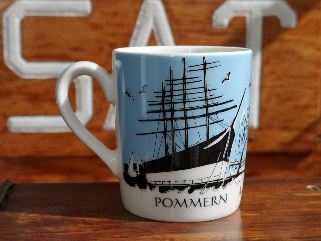 Mugg med motiv av fartyget Pommern.