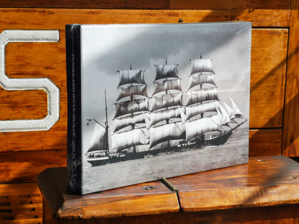 Pussel med motiv av fartyget Pommern.